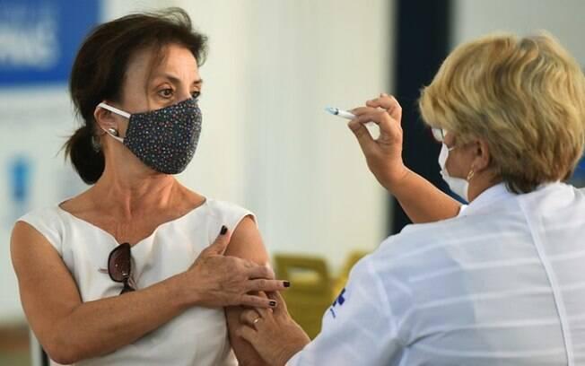 Campinas abre agendamento de vacina para pessoas a partir de 65 anos
