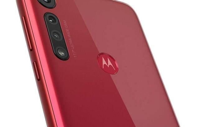Moto G8 Play custa R$ 909 na Amazon