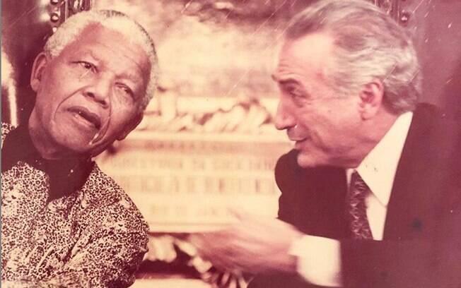 Filha mais velha de Michel Temer, Luciana Temer publicou foto do ex-presidente com Nelson Mandela