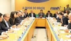 PSDB entrega carta de intenções para governo Temer
