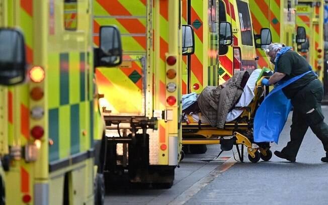 Coronavírus: o que deu errado no Reino Unido, 1º país europeu a passar dos 100 mil mortos por covid-19