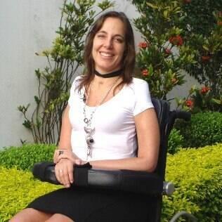 Mara Gabrilli: 'se alguém que gosto muito apoia na cadeira, vejo como uma maneira de aproximação'