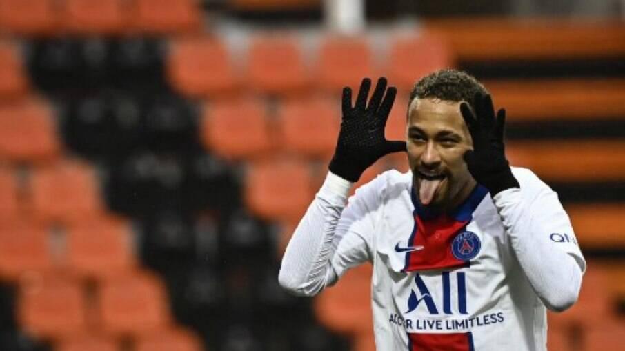Neymar em jogo do PSG