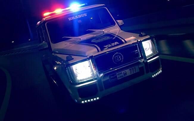 Mercedes-Benz G-Class modificado pela Brabus é parte da frota policial de Dubai