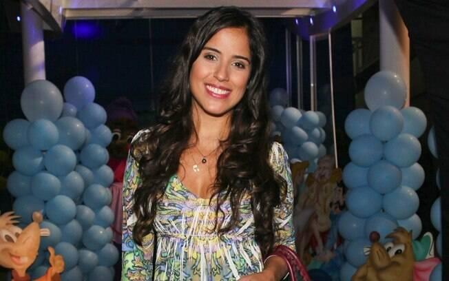 Outra aguardada estreia na trama é a de Camilla Camargo. A filha do meio de Zezé Di Camargo ganhará seu primeiro papel na televisão