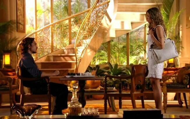 Ester e Alberto em cena de