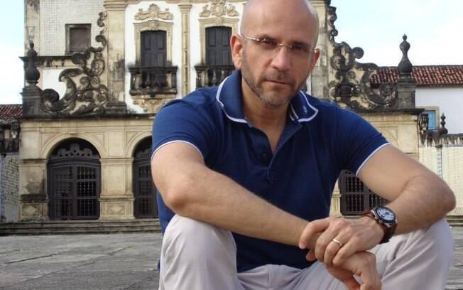 Marcos Lacerda usou experiência no consultório para elaborar o personagem José