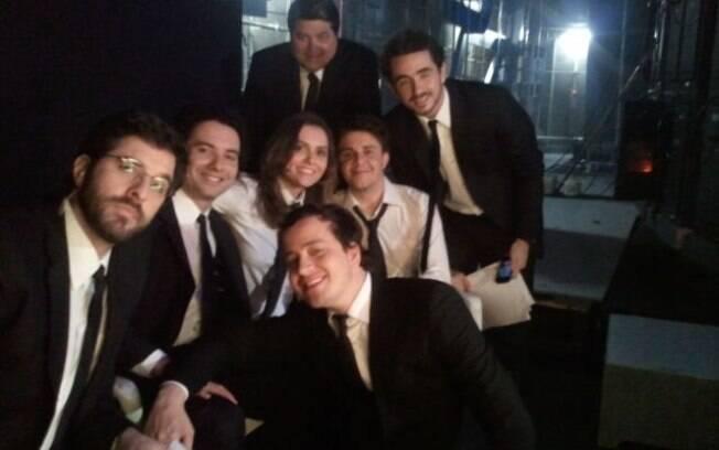 Rafinha Bastos, Marco Luque, Mônica Iozzi, Oscar Filho (centro, da esq. pra dir.); Datena e Felipe Andreoli (acima) e Rafael Cortez (abaixo)
