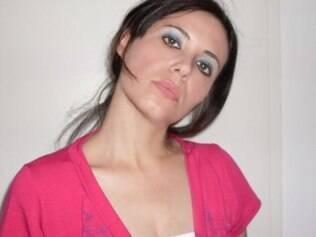 Samantha Abreu é linda e bem sucedida, mas enfrenta cobranças por um namorado