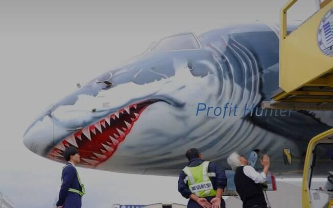 'Avião tubarão' da Embraer despertou muita curiosidade ao redor do mundo