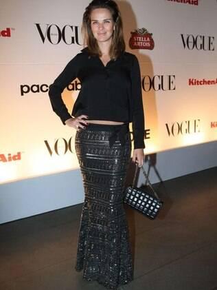 Letícia Birkheuer e seu modelo para o Baile de Carnaval da Vogue