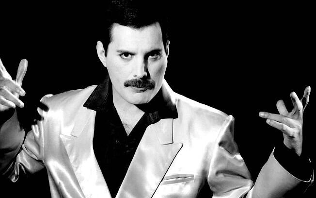 Freddie Mercury, ex-vocalista do Queen, morto em 1991