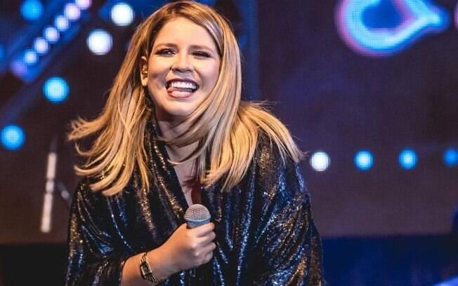Marília Mendonça canta músicas sobre traição