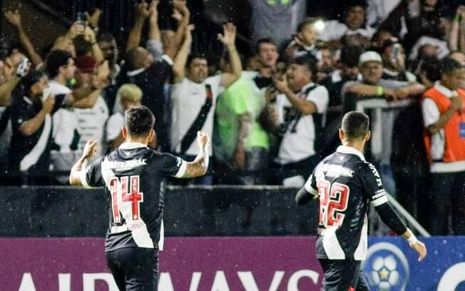 German Cano marcou o gol da vitória vascaína