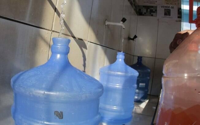 Obra da Sanasa deixa região do Castelo sem água nesta terça