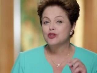 Dilma diz que oposição usa caso Petrobras para dar 'golpe' no país