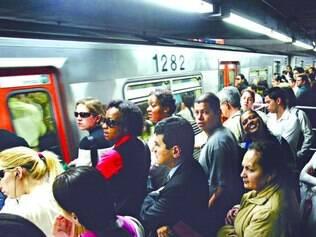 Assédio. Anúncio machista ocorre num momento em que a polícia prendeu dezenas de homens no metrô