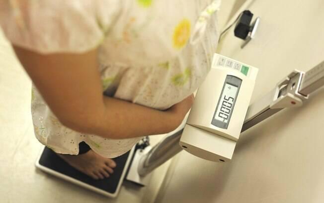 O estudo analisou registros médicos de crianças de 2 a 5 anos nascidas de mais de 4.100 mulheres
