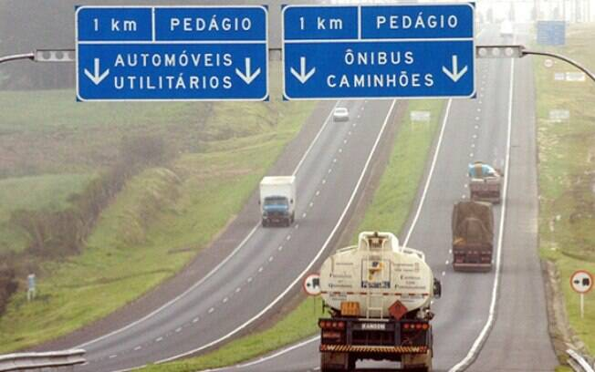 A dosagem entre o valor das outorgas e dos pedágios das rodovias está sendo analisada pelos técnicos do governo