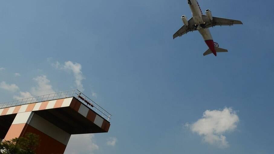 Passagens aéreas para os EUA ficarão até R$ 210 mais caras