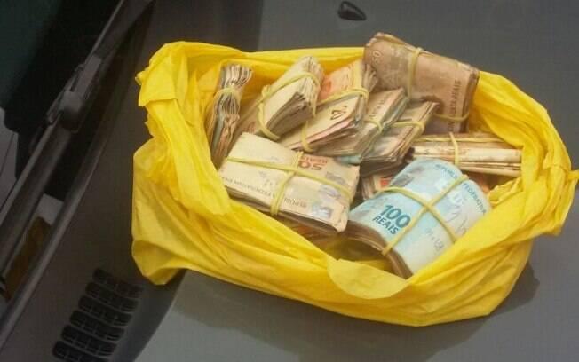 Operação Limeira - ROTA apreende R$12.397,00 com traficantes