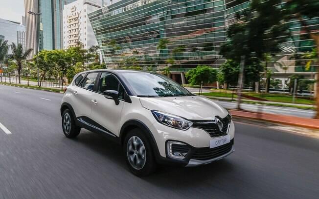 Renault Captur 1.6 pode só com câmbio manual de cinco marchas, mas ganhará o automático CVT no fim de junho