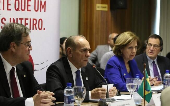 Brasil e Estados Unidos se reuniram nesta quinta para desenvolver pesquisas sobre o zika vírus