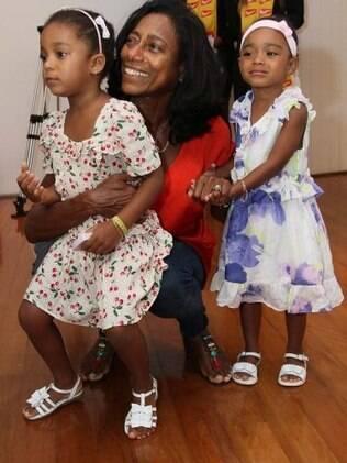 Glória Maria fala sobre as filhas: