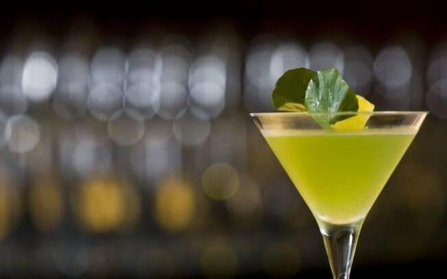 Foto da receita Martini com saquê e agrião pronta.