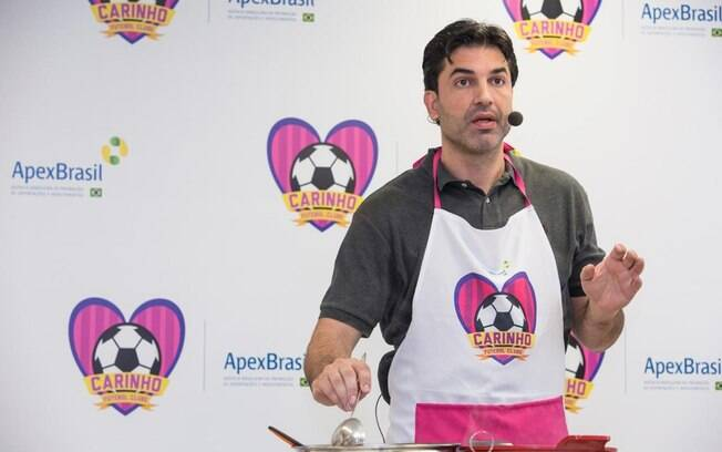 Edu Guedes ainda encontra tempo para fazer participações em eventos