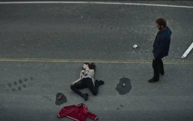 As dez melhores cenas de ''American Gods'': Mad Sweeney abre mão de sua moeda e opta por ressuscitar Laura