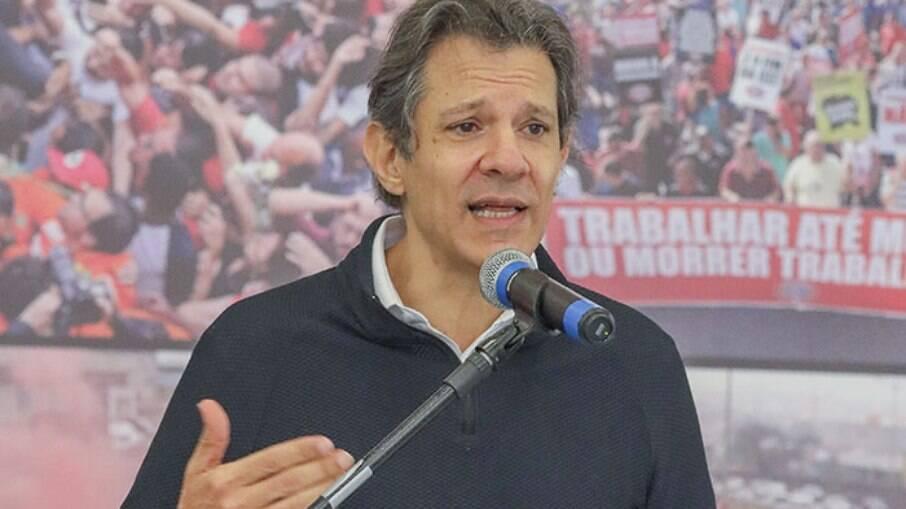 Ex-prefeito de São Paulo Fernando Haddad lidera pesquisa para o governo de SP