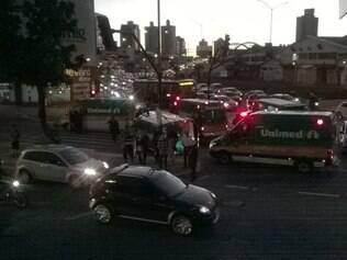 Várias outras ambulâncias do plano de saúde foram para o local para dar suporte