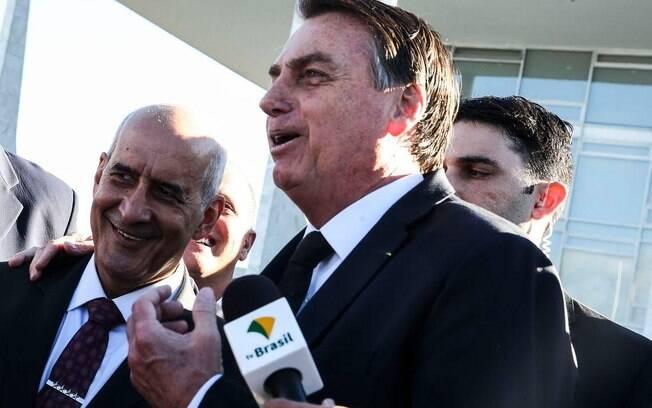 Ministro defendeu falas de Bolsonaro e filhos