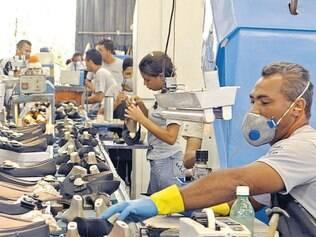Esperança. Como fabrica calçados mais populares, polo de Nova Serrana espera vendas melhores