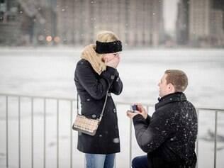 Pedidos de casamento são compartilhados em site