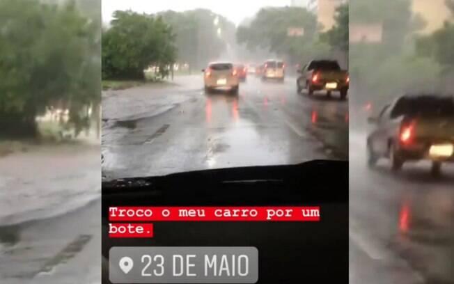 Avenida 23 de Maio teve enchentes devido a temporal que atingiu regiões de São Paulo nesta tarde