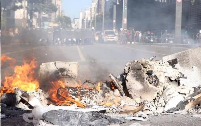Manifestações contra ou a favor do governo já têm sido frequentes nas ruas de grandes cidades como São Paulo