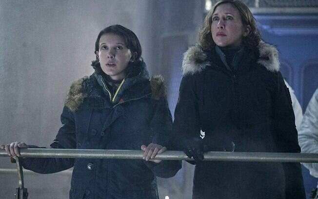 Millie Bobby Brown e Vera Farmiga em cena de Godzilla II: atuações ruins