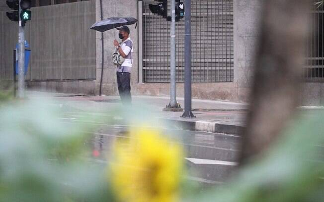 Quarta-feira será de tempo nublado e chuvoso em Campinas