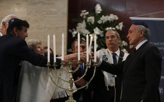 Presidente Michel Temer foi convidado a acender uma das seis velas em memória das vítimas durante cerimônia