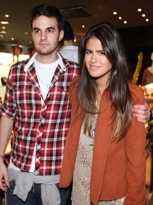 Antônia Morais ao lado do namorado, Romeu: