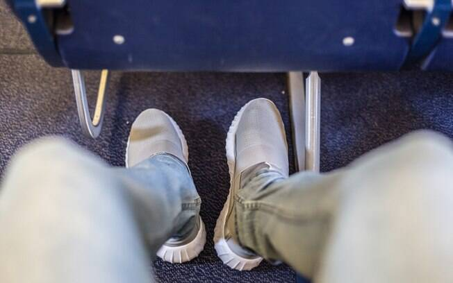 tênis no avião