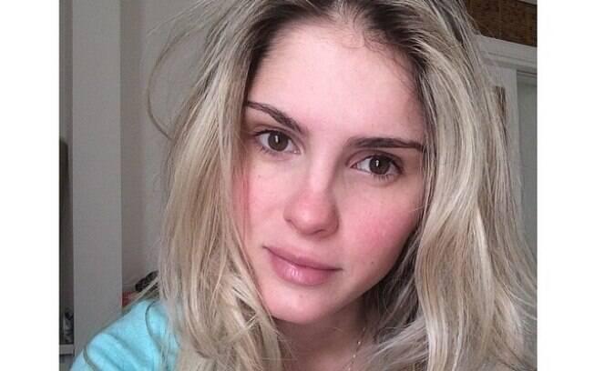 Barbara Evans publica foto sem maquiagem no Instagram