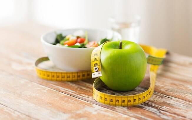 As especialistas pontuam que além dos tratamentos estéticos é importante cuidar da alimentação e fazer exercícios
