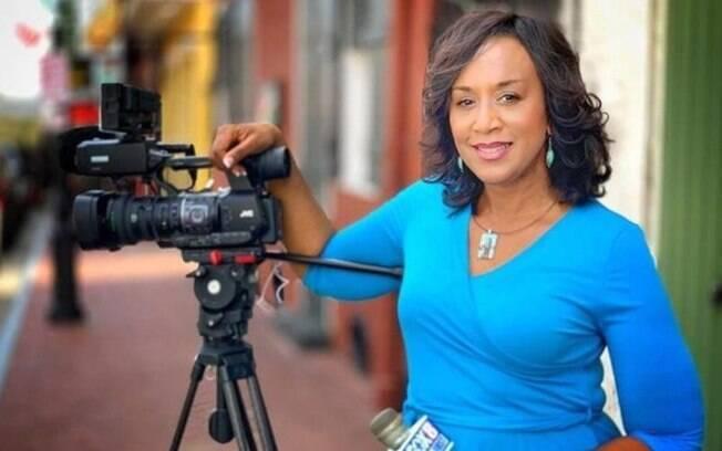 A jornalista Nancy Parker morreu aos 53 anos em um acidente de avião enquanto gravava uma reportagem