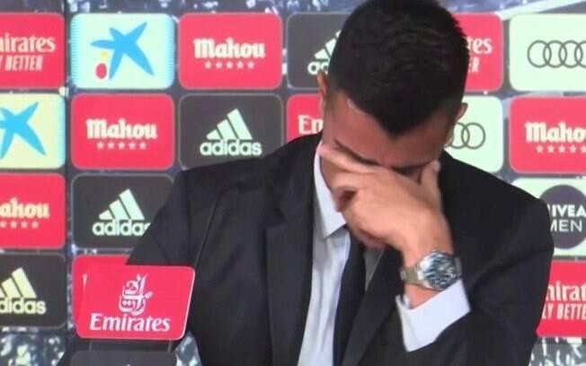 Reinier ficou emocionado em sua apresentação no Real Madrid e chorou