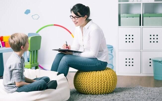 Psicoterapia e terapias integrativas, como aromaterapia e meditação, são tratamentos indicados para a ansiedade