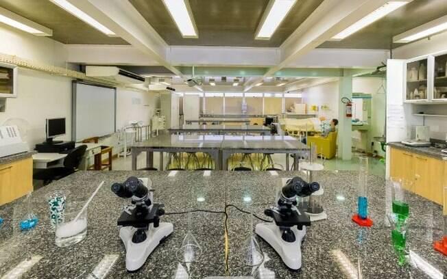 Campinas autorizou retomada de atividades práticas e laboratoriais em instituições de ensino.