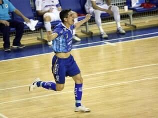 Primeira vitória minastenista na Liga Futsal veio em grande estilo: 7 a 1 para cima do Concórdia